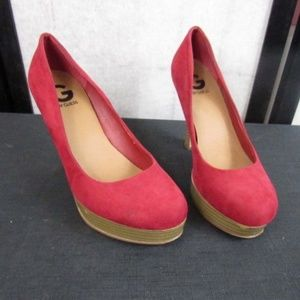"""G by Guess Red 4"""" Platform Shoes 7M"""